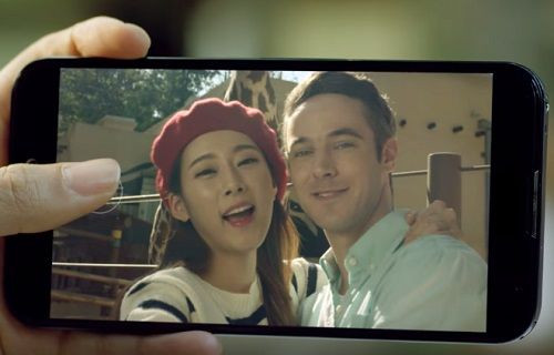 LG, V10'daki UX 4.0+ arayüzü video eşliğinde gösterdi