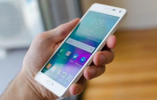 Samsung ikinci nesil Galaxy A5'te büyük bir pil kullanacak