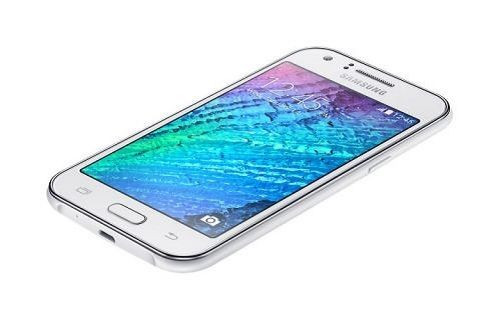 2016 model Samsung Galaxy J1'in görüntüsü ve özellikleri