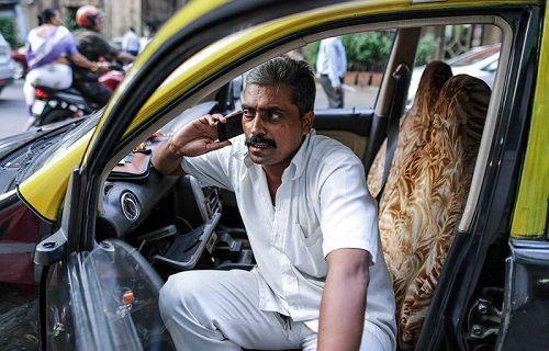 Bir ülkede daha mobil abone sayısı 1 milyarı aştı