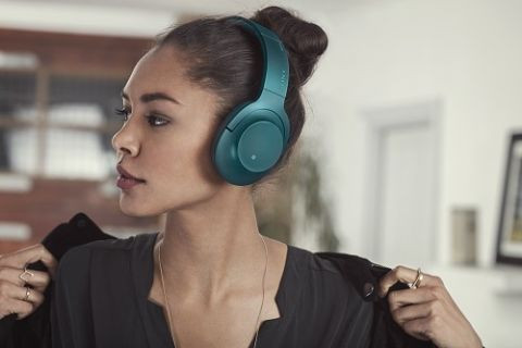 CES 2016: Sony Yüksek Çözünürlüklü Ses deneyimi sunan ''h.ear'' kulaklığını tanıttı