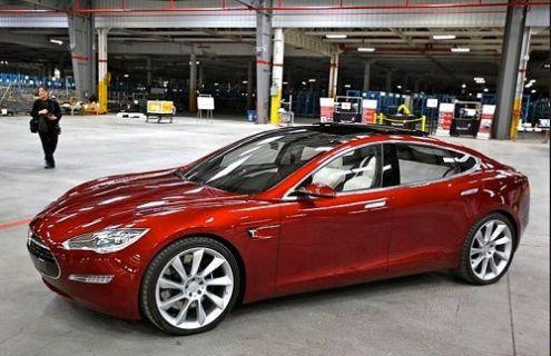Tesla Model 3'ün Fiyatı Belli Oldu