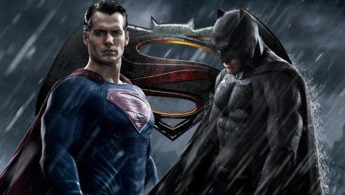 Batman v Superman: Dawn of Justice için Türkçe dublajlı fragman yayımlandı!