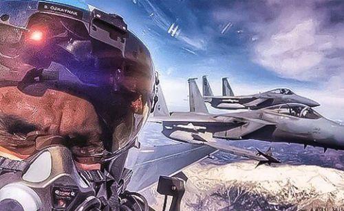 Türk pilottan Suudi pilotlarla havada selfie