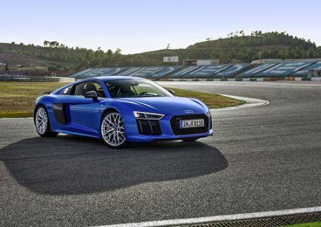 Audi R8 Coupe en iyi spor otomobil seçildi