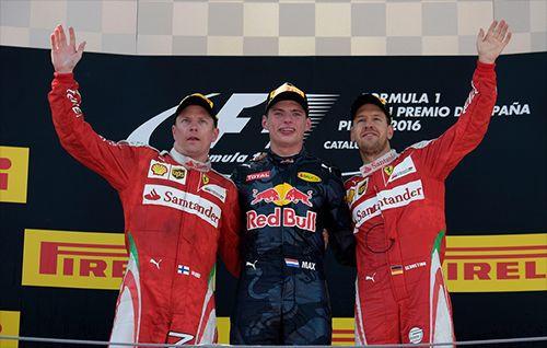 Max Verstappen en genç Formula 1 pilotu oldu