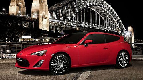 Toyota'dan yeni sportif aile aracı