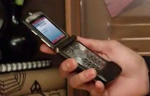 Motorola RAZR efsanesi geri dönüyor (Video)