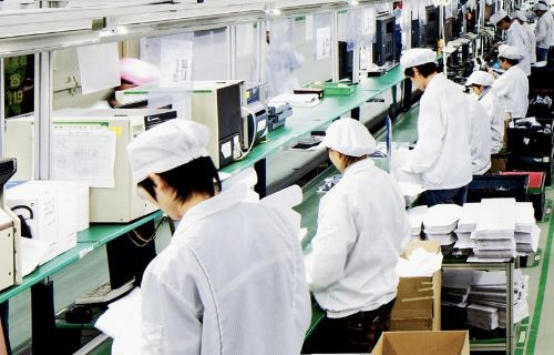 60 bin işçinin yerine robotlar çalışacak!