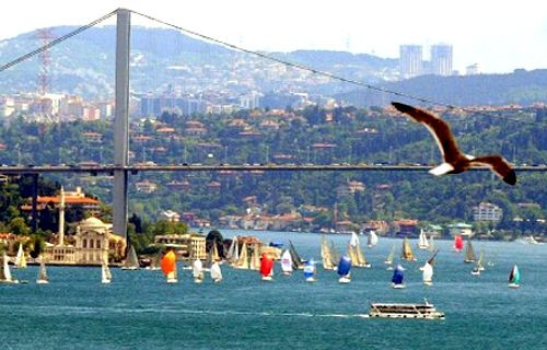 Boğaz'da Türkiye'nin en teknolojik yarışı...