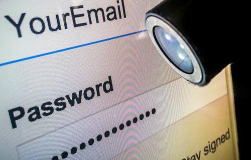 Eski şifrenizi asla tekrar kullanmayın!