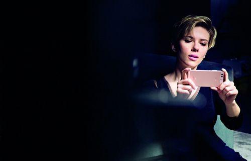 Hollywood yıldızları Huawei P9 için bir arada