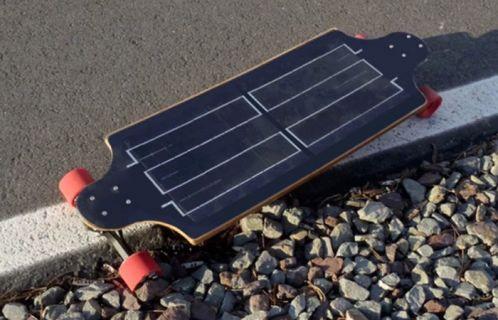 Güneş enerjisi ile çalışan elektrikli kaykay! (Video)