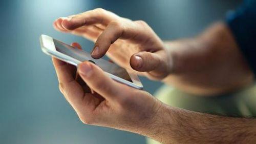 Telefonunuzu kullandığınız parmağınız diğerinden daha büyük olabilir