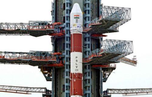 Hindistan uzaya tek seferde 20 uydu gönderdi