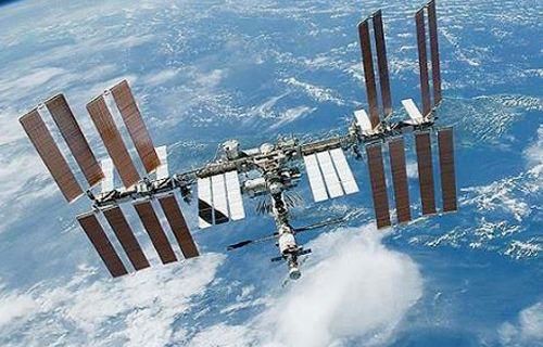 Japonya uzay çöpleri için çözüm deneyecek