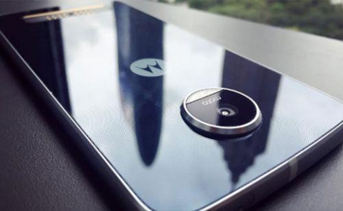 Lenovo telefonlarında sadece Moto markasını kullanacak
