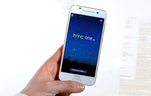 HTC, daha fazla satış yapabilmek için müşterilerine yalan söyledi!