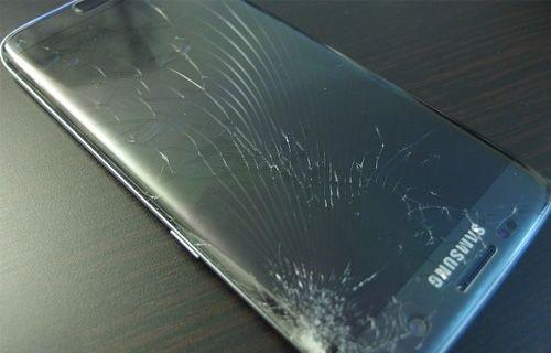 Akıllı telefon ekranı değiştirmede büyük tehlike!