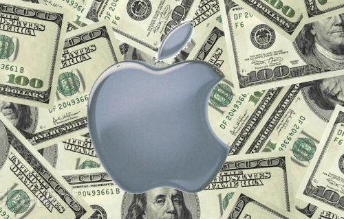 Tim Cook, Apple'ın 'politik' bir konudan ötürü vergi cezası aldığını iddia etti