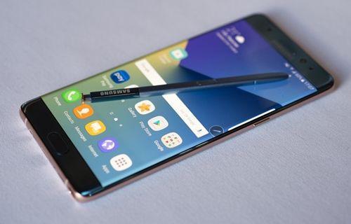 Samsung, Galaxy Note 7'ye bağlı kalan müşteri sayısından memnun