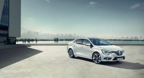 Renault Paris Otomobil Fuarı'nda yepyeni modellerini sergiliyor