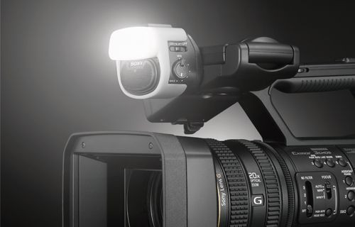 Sony son teknoloji ürünü olağanüstü Full HD el tipi kamerası HXR-NX5R'yi tanıttı