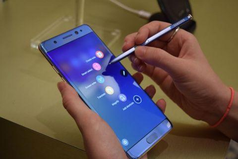 Patlayan Galaxy Note 7, Türkleri korkutmadı!
