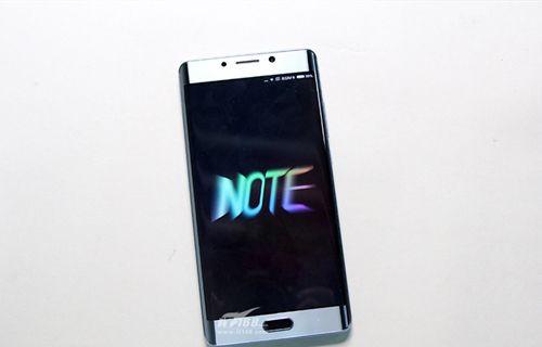Xiaomi Mi Note 2 parçalara ayrıldı!