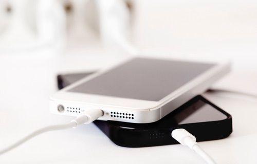 Şimdi de iPhone'lar patlıyor!