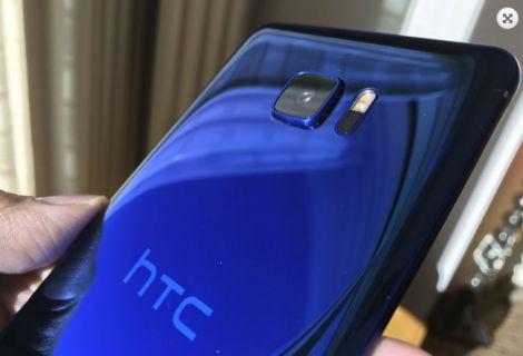 HTC U Ultra parçalara ayrıldı