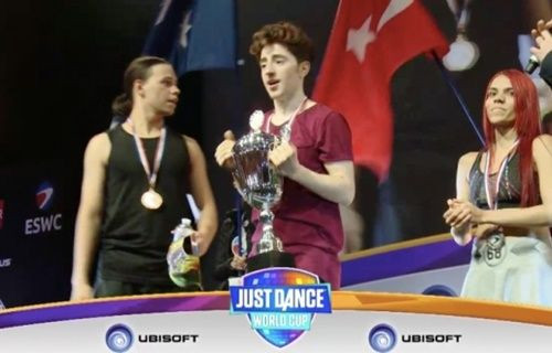 Artık E-Spor'da dünya şampiyonumuz var!