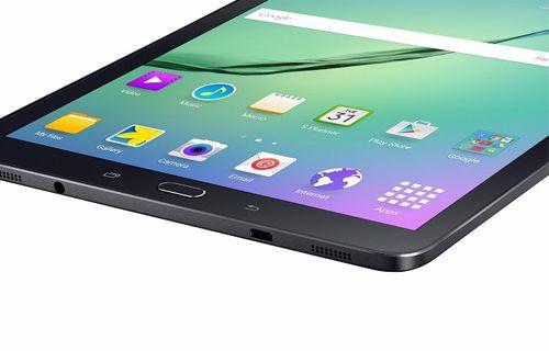 Galaxy Tab S3 kameralara poz verdi