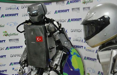 Yeni robot evde kadınların en büyük yardımcısı olacak!