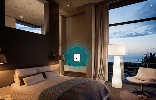 Duvar prizi şeklinde WiFi cihazı