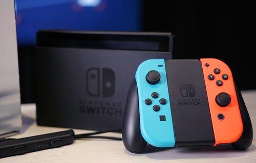 Nintendo Switch, PlayStation 4'ü solladı!