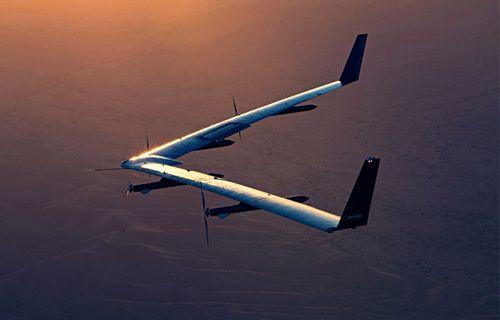 Facebook'un drone'u  ilk kez başarılı uçuş yaptı