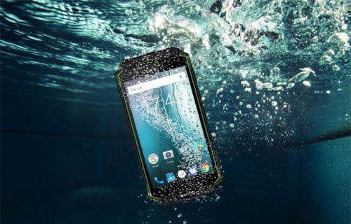 En sağlam ve pil canavarı akıllı telefonun özellikleri belli oldu