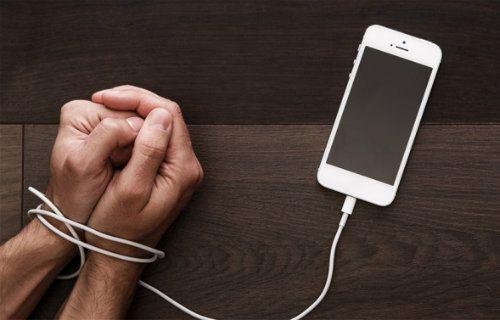 Bilim insanları akıllı telefondan neden ayrılamadığımızı açıkladı!