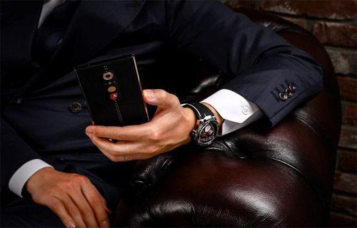 Lamborghini akıllı telefon üretti!