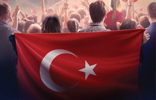 Turkcell'den 30 Ağustos Zafer Bayramı için hediyeler