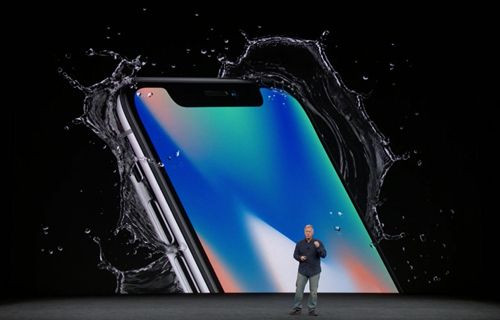 Android telefonunuzu iPhone X'e dönüştürün!