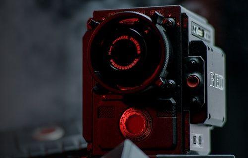 LG V30'un kamerası 50.000 dolarlık RED Weapon'a karşı!