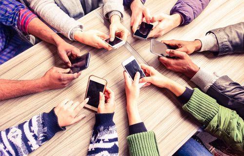 Orta segment akıllı telefonlar liderliği ele aldı!