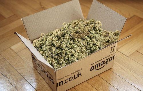 Amazon, 30 kilo esrar gönderdi!