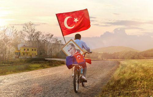 Turkcell'den 29 Ekim Cumhuriyet Bayramı hediyesi!