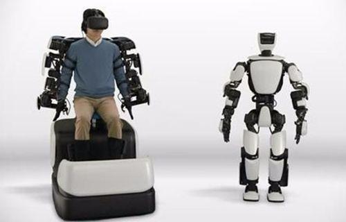 Toyota'nın robotu yapılan hareketleri tekrarlayabiliyor!