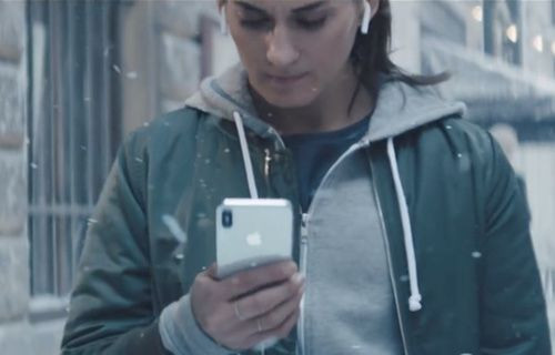 Apple'dan yeni reklam!