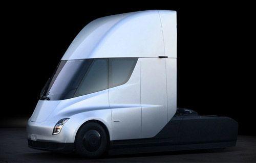 Tesla'nın elektrikli kamyonu ön siparişe sunuldu! İşte fiyatı!