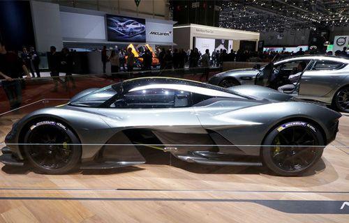 En hızlı seri üretim Aston Martin otomobili - Video